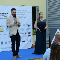 1_ Il sindaco di Belforte del Chienti Alessio Vita e Barbara Olmai - inaugurazione dell' Appennino foto festival